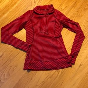 Lululemon think fast pull over cranberry stripe 6